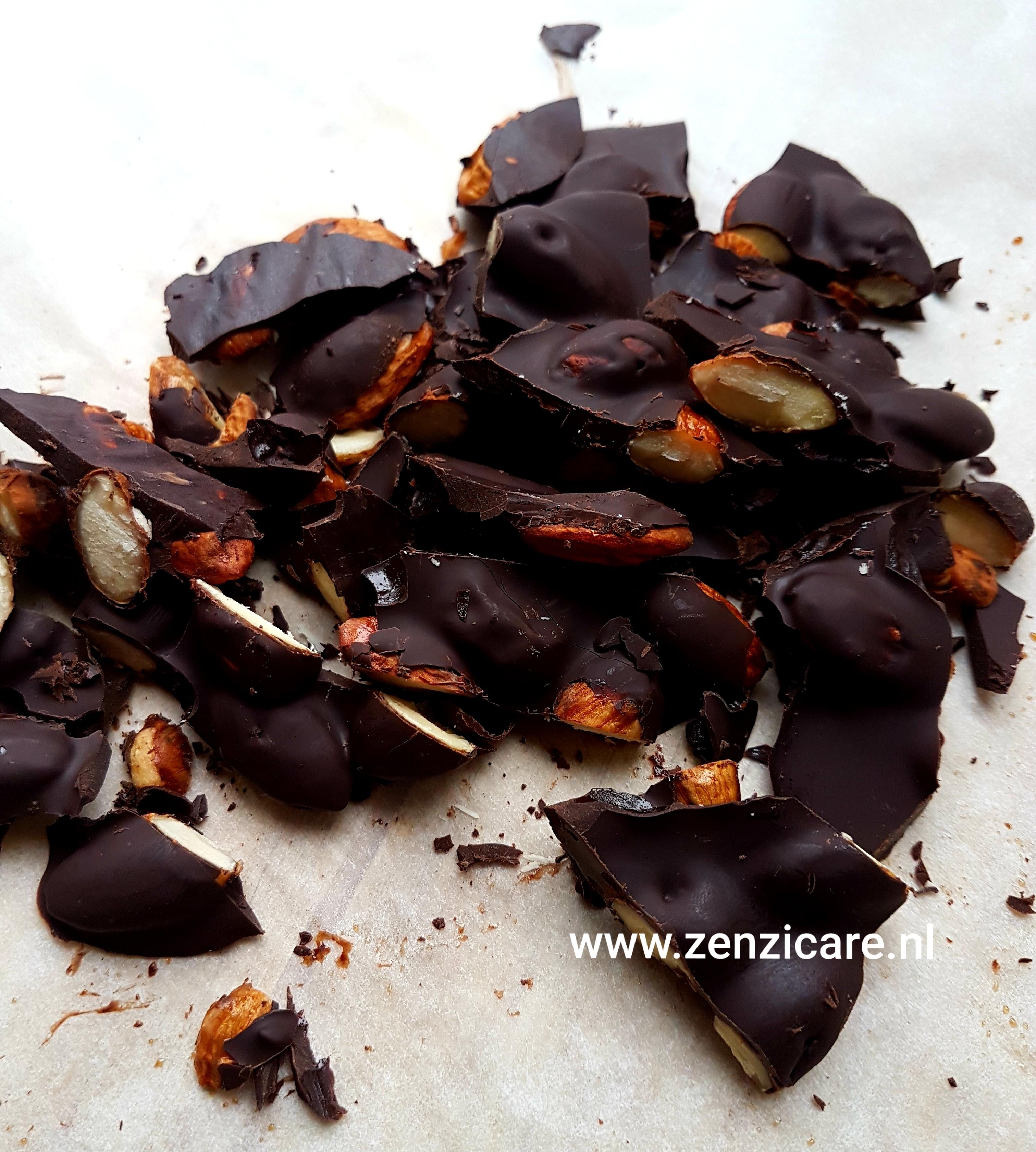 Chocolade-Paddenstoel-Amandelbrokken